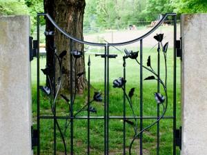 Hyacinth Gate