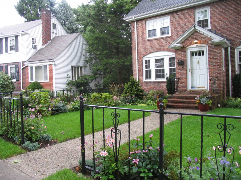 Front Entrance Landscape Designs